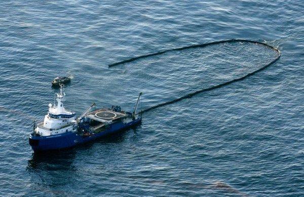 Čiščenje naftnega madeža v Mehiškem zalivu