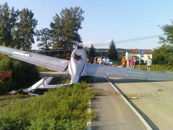 Nesreča športnega letala