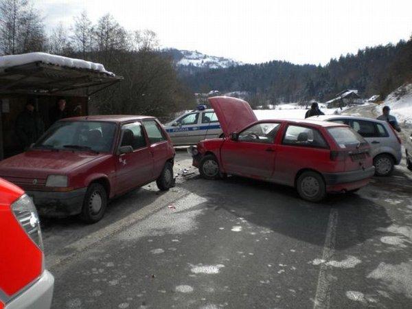 Prometna nesreča pri kraju Vezovje-2