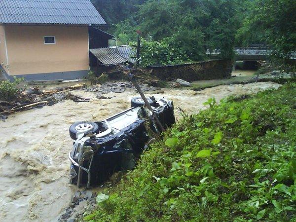 Poplave v vasi Jevnica