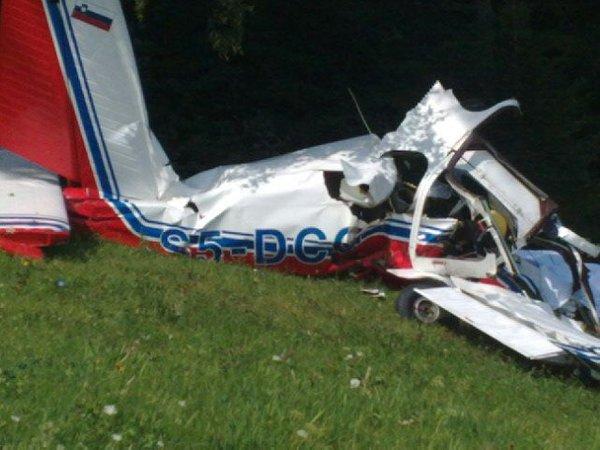 Nesreča športnega letala Utva 75 v Izlakah