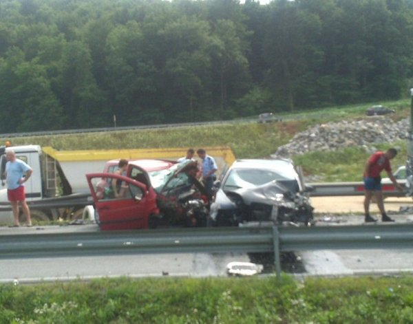 Nesreča na cesti Trebnje Karteljevo-1