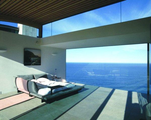 Sanjska hiša nad Pacifikom