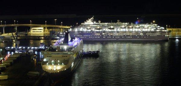 Ladja Louis Majesty v pristanišču v Barceloni