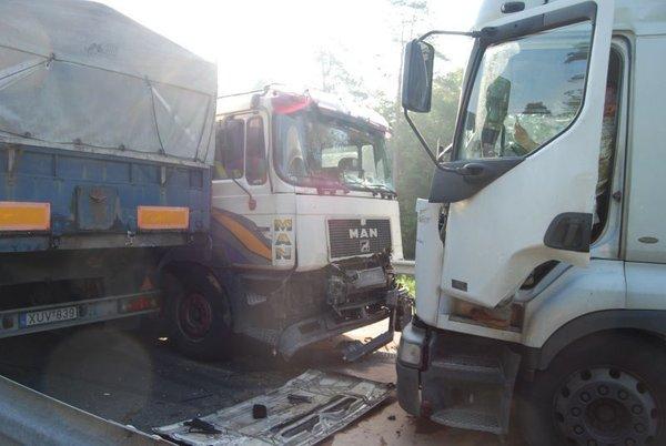 Trčenje tovornjakov