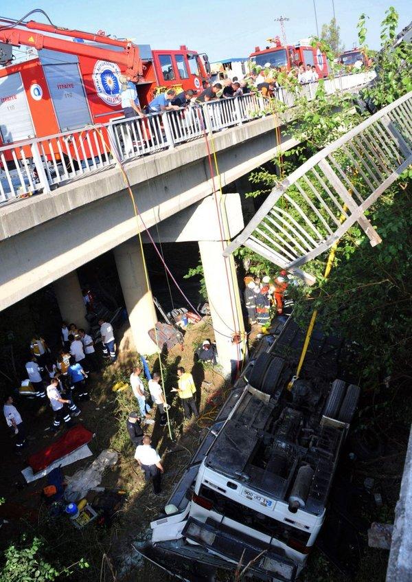 Nesreča turističnega avtobusa v Turčiji