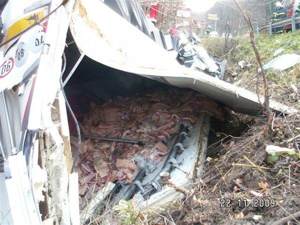 Nesreča tovornjaka-4