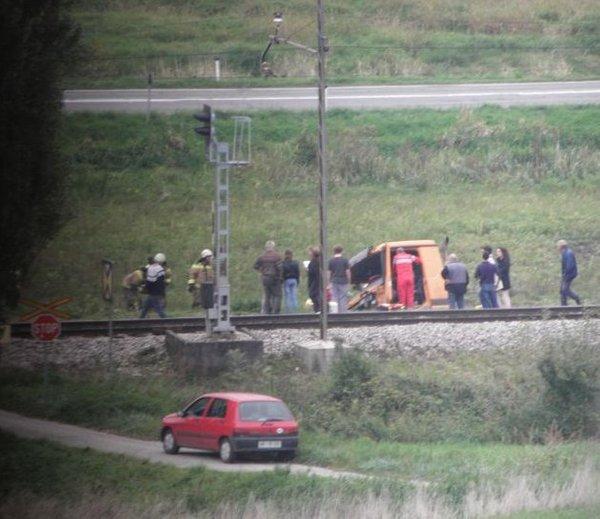 Vlak trčil v tovornjak - 3