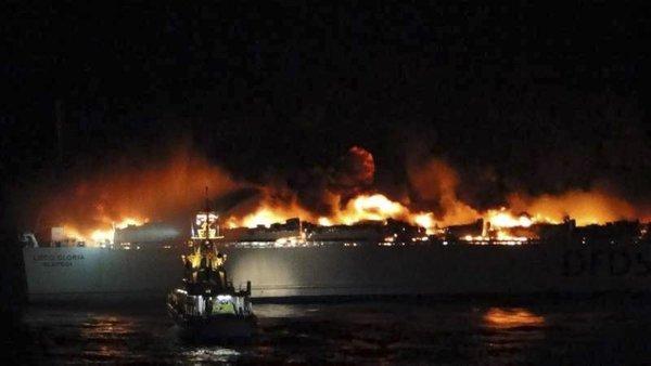 Požar na litovskem trajektu