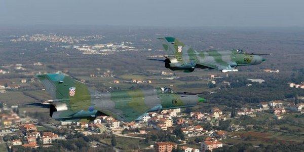 Hrvaška vojaška letala