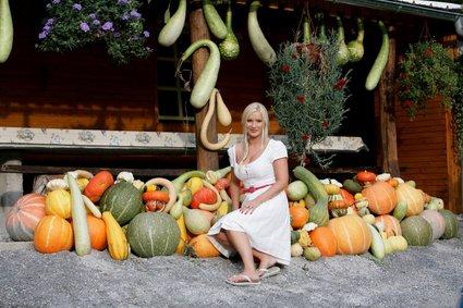 SVET - Danica Lovenjak